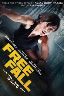 Free Fall (2014) Online Subtitrat -Atunci când survine moartea şocantă şi bruscă a unui coleg de muncă, Jane descoperă un secret extrem de periculos. Şeful ei, charismaticul miliardar Thaddeus Gault, este suspectat de o fraudă financiară de proporţii. Un asasin, Frank, este angajat pentru a se
