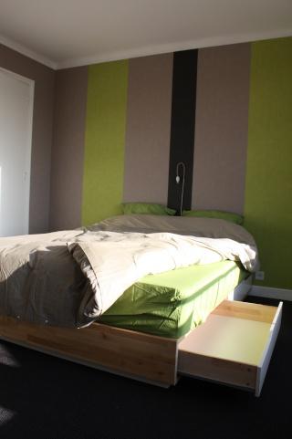 recherche lit particulier. Black Bedroom Furniture Sets. Home Design Ideas