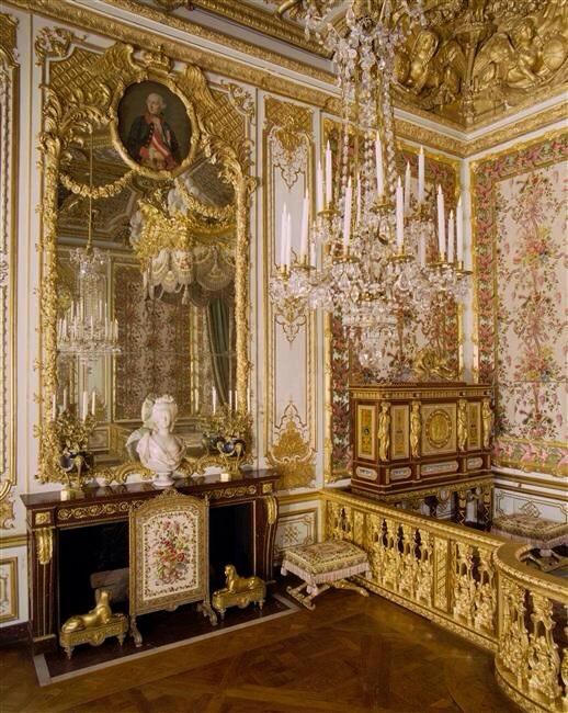 Versailles la chambre de la reine page 5 for Chambre de la reine