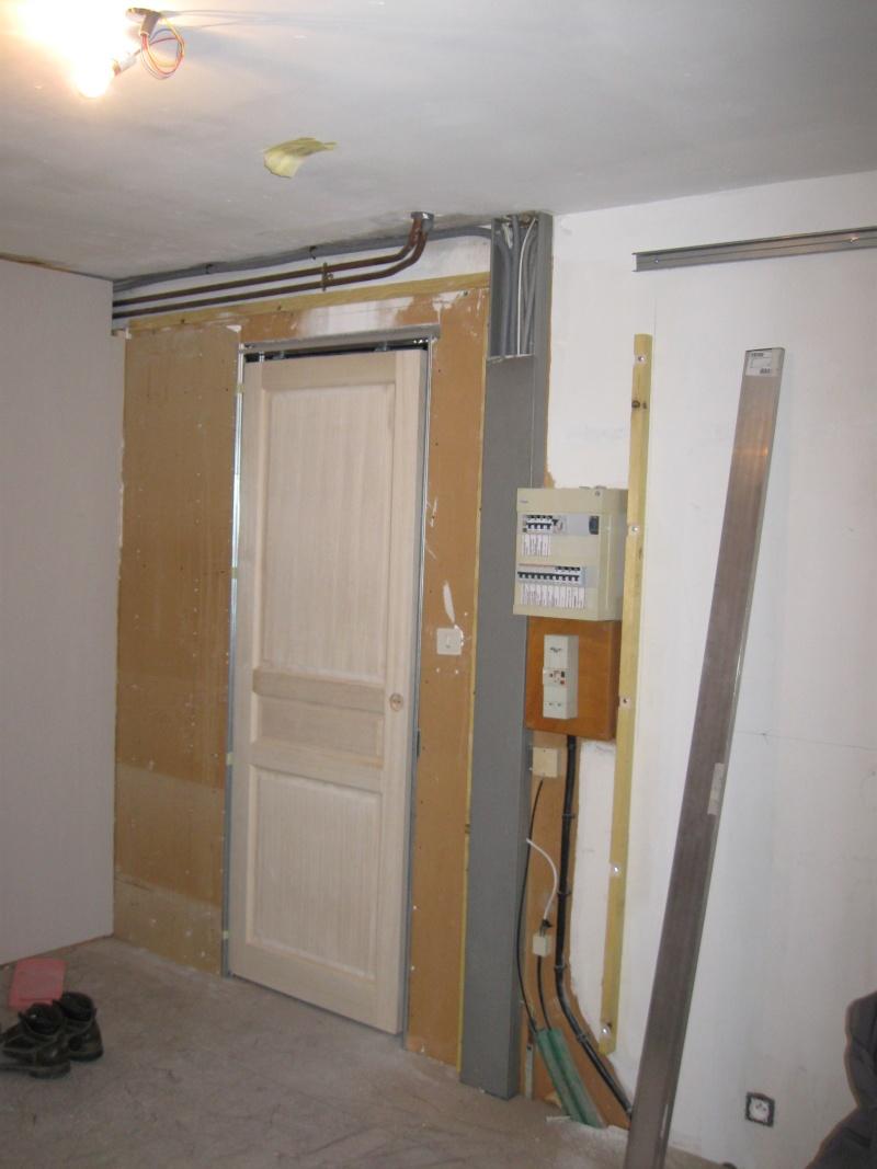 Comment Cacher Des Tuyau De Chauffage transformation d'un garage en pièce à vivre.