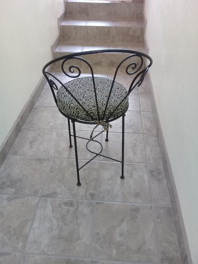 chairs11.jpg
